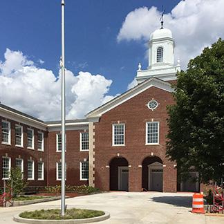 Lafayette Elementary School    LEED Gold  (pending)