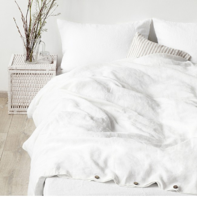 white_stone_washed_linen_bed_set_1.jpg