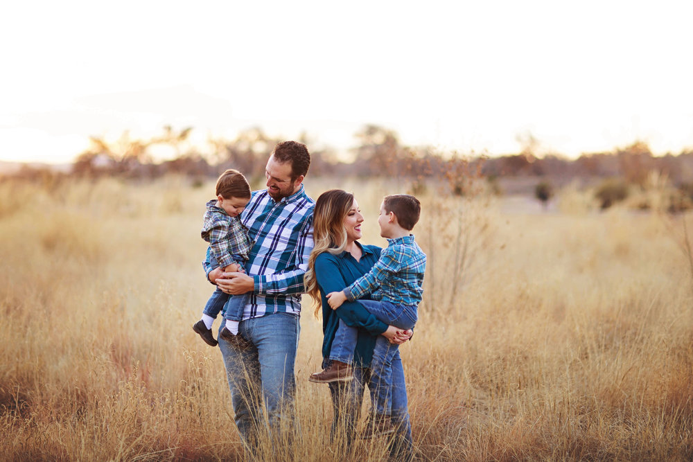 Family Session- $350 - 40 MinutesOutdoors60+ ImagesPrint Release