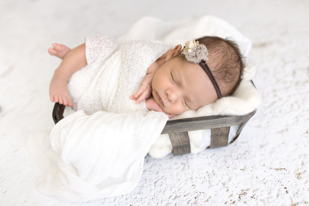 RileyNewborn-28 copy.jpg