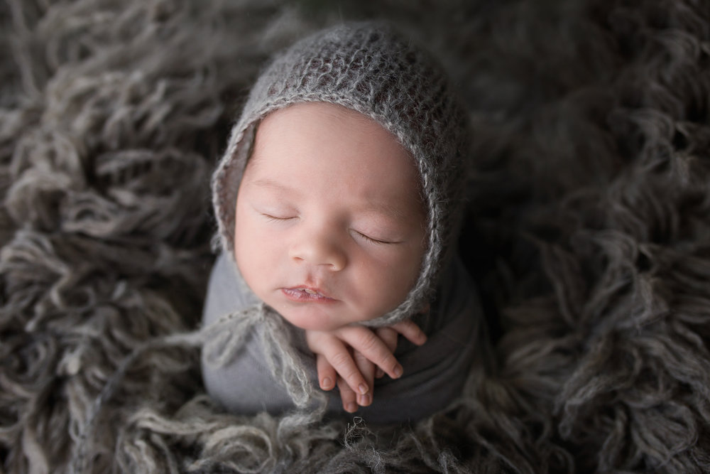 Mini Newborn Session- $450 - Just The Baby1-1.5 Hours30+ ImagesPrint Release