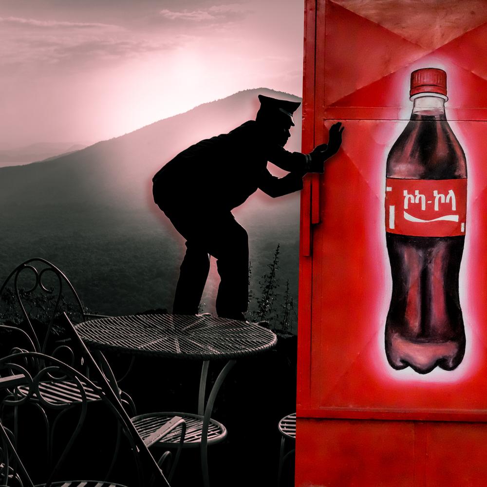 PORTER & Cola.jpg