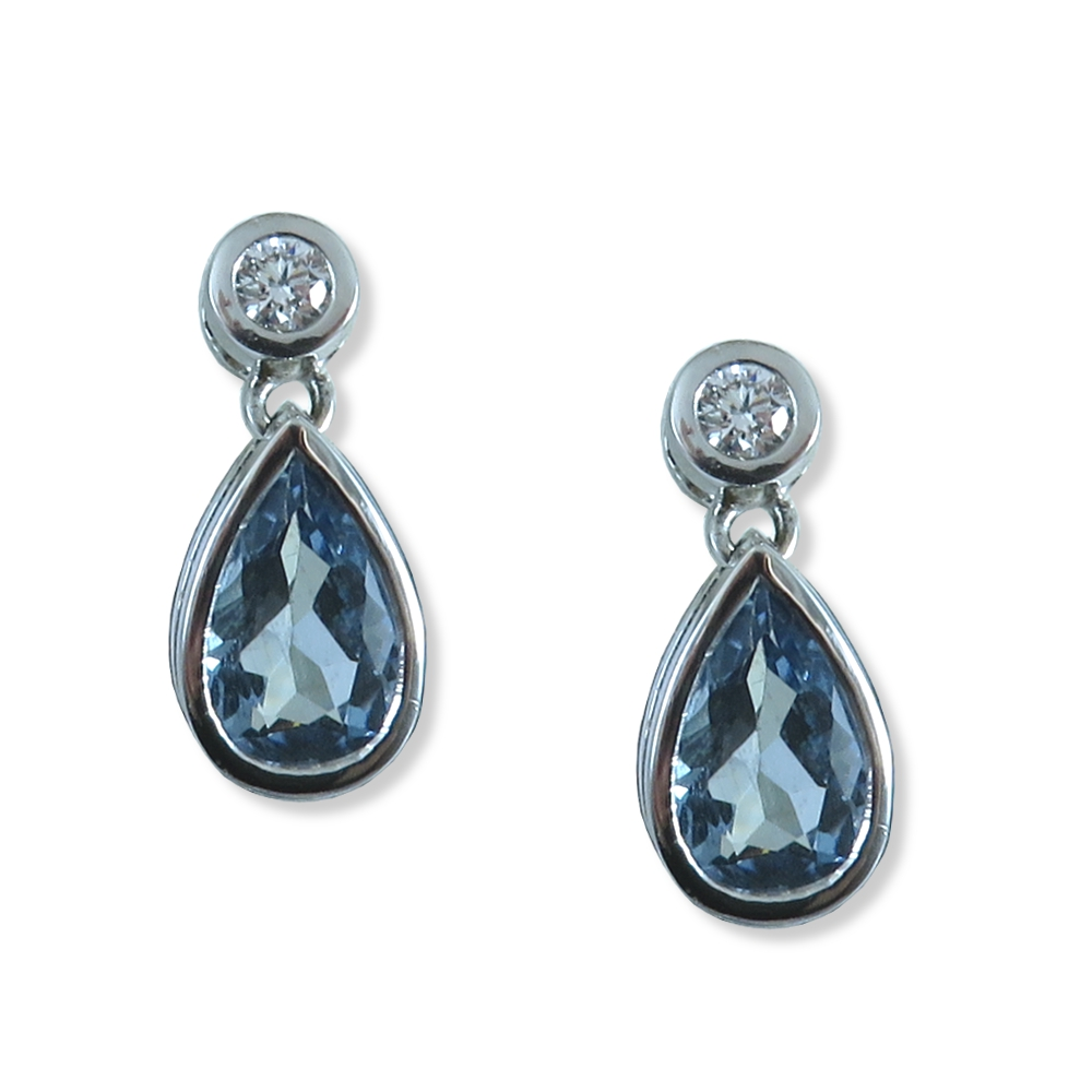 Aquamarine and diamond earrings. William August E1032