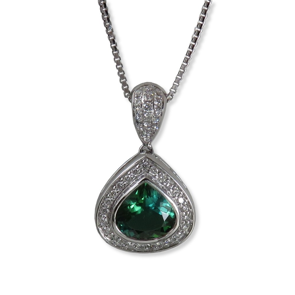 Beautiful green tourmaline with diamonds in white gold. William August P1118