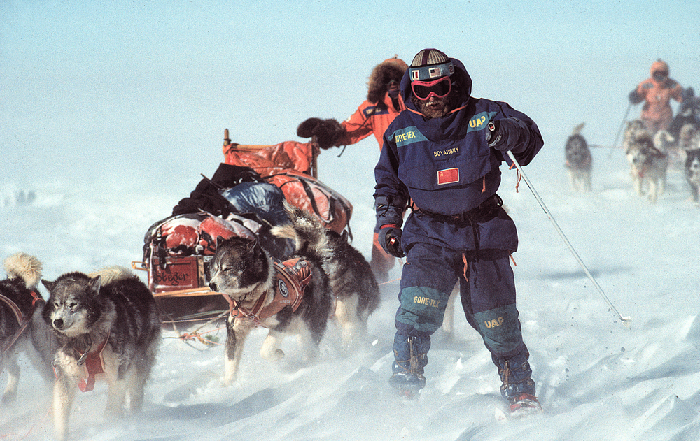 Victor was often the front man, leading the sleds. ©Trans-Antarctica Photo by Per Breiehagen