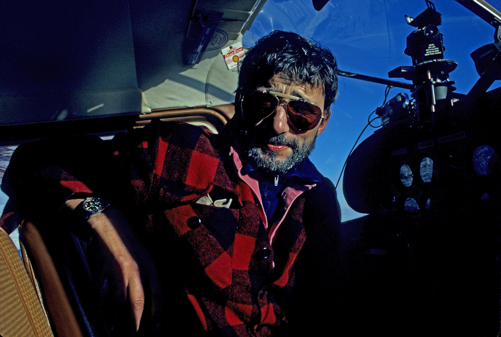 Pilot and co-owner of Adventure Network International Giles Kershaw readies his Cessna to fly from the Patriot Hills base camp, December 1989. Photo: Gordon Wiltsie