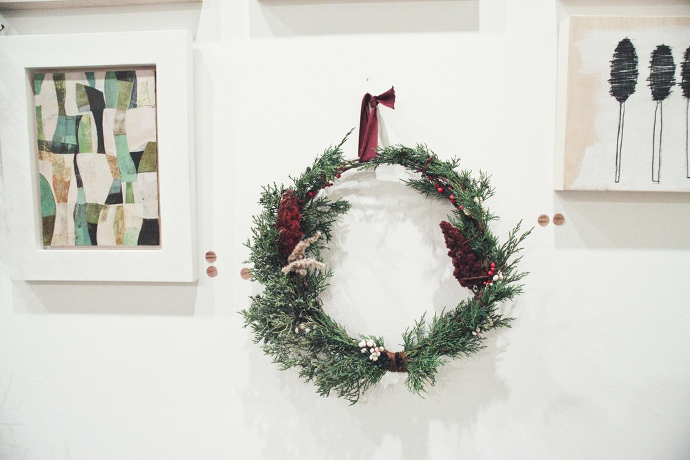 o-workshop-2014-wreath-wall_22.jpg