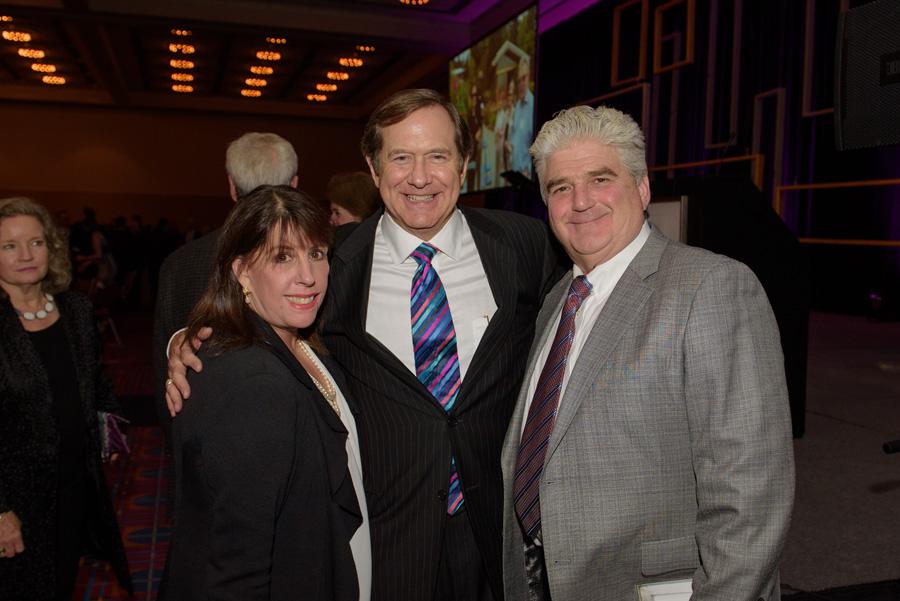 Jan Van Dusen, Jordan D. Schnitzer, Willis Van Dusen (Friends of the Astoria Column)