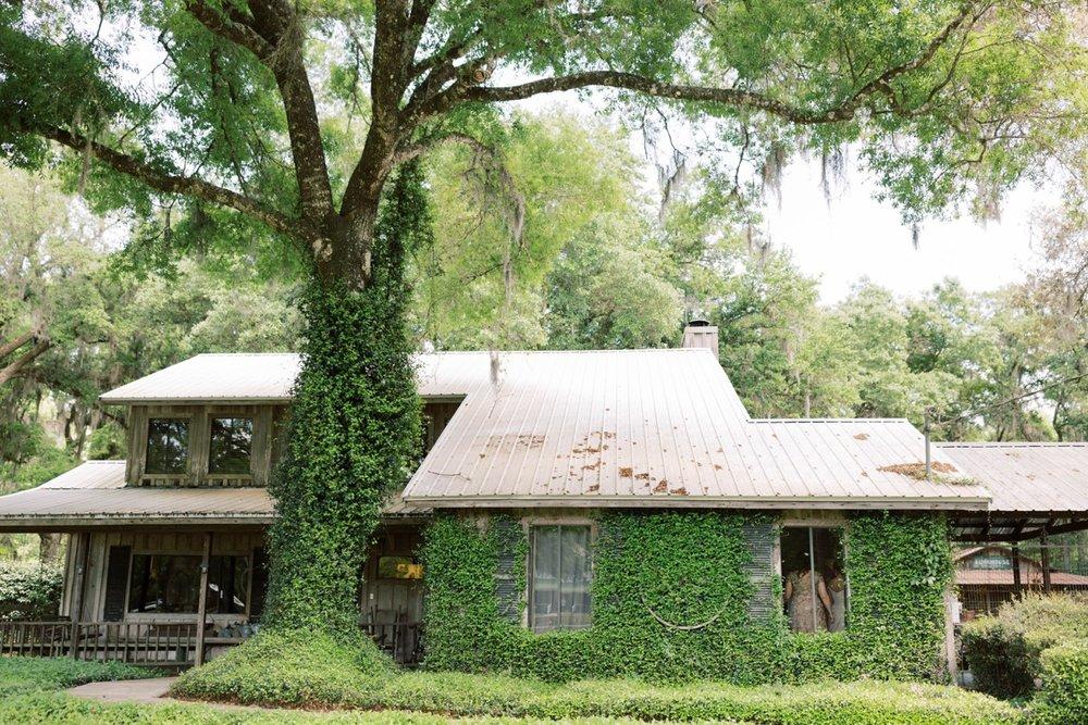 Bressler-Wedding-Preview-Tuckers-Farmhouse-Jacksonville-Wedding-Photographer-Chantell-Rae001.jpg