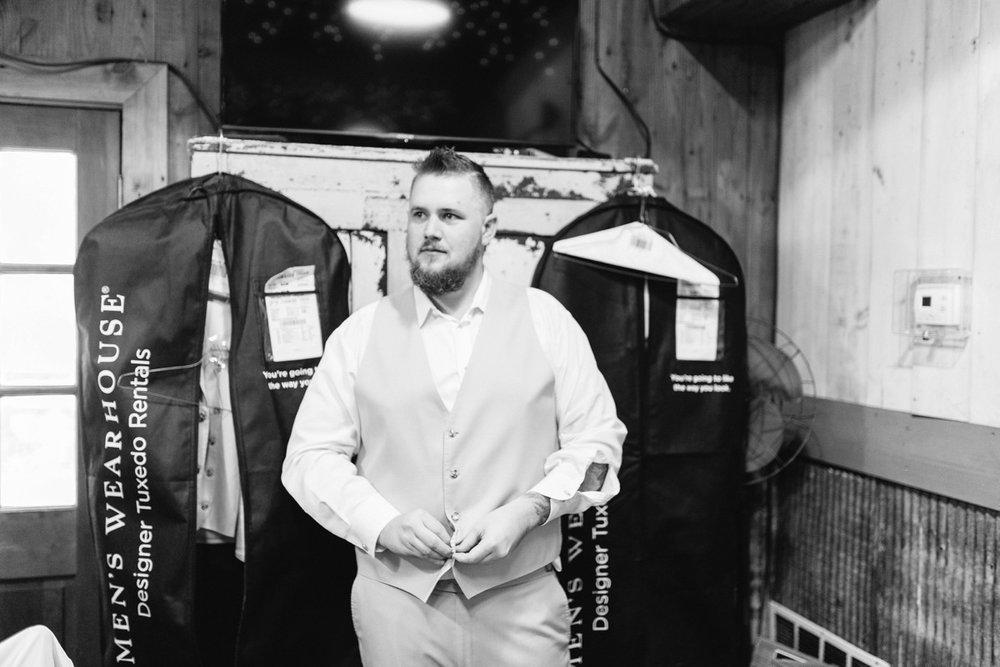 Bressler-Wedding-Preview-Tuckers-Farmhouse-Jacksonville-Wedding-Photographer-Chantell-Rae025.jpg