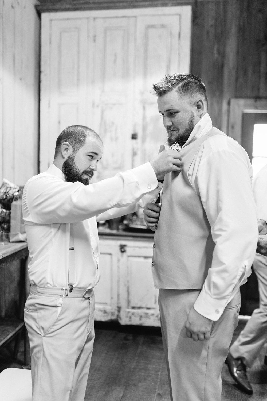 Bressler-Wedding-Preview-Tuckers-Farmhouse-Jacksonville-Wedding-Photographer-Chantell-Rae026.jpg