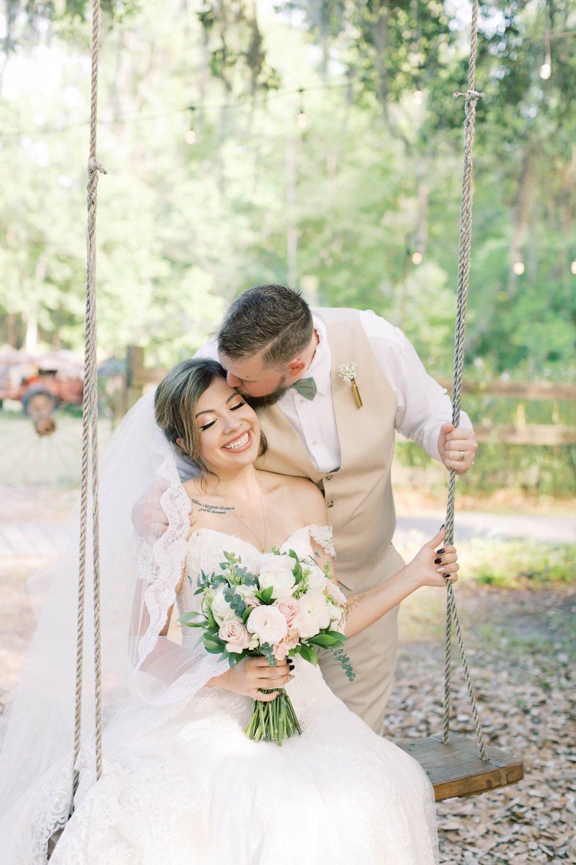 Bressler-Wedding-Preview-Tuckers-Farmhouse-Jacksonville-Wedding-Photographer-Chantell-Rae048.jpg