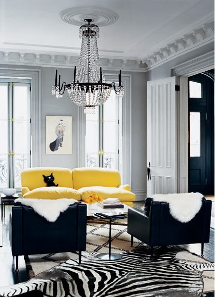 J. Crew's Jenna Lyon's b&w living room with a pop of color from Domino