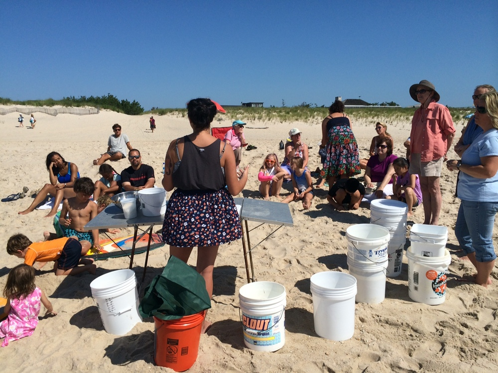Shelly lecturing the crowd about her process and sharing important salt and ocean information.  Photo: Molly Adams, SoFo.org
