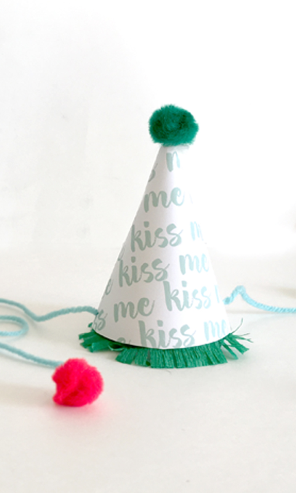 rita-alexis-design-kiss-me-mini-party-hat.jpg