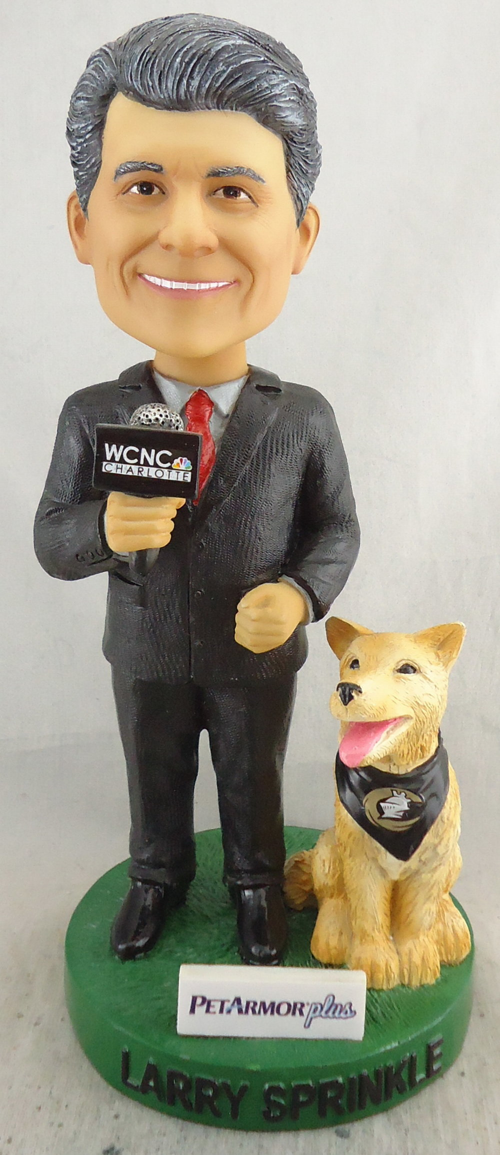 Charlotte Knights - Larry Sprinkle with Dog 112050, 7inch Bobblehead.jpg
