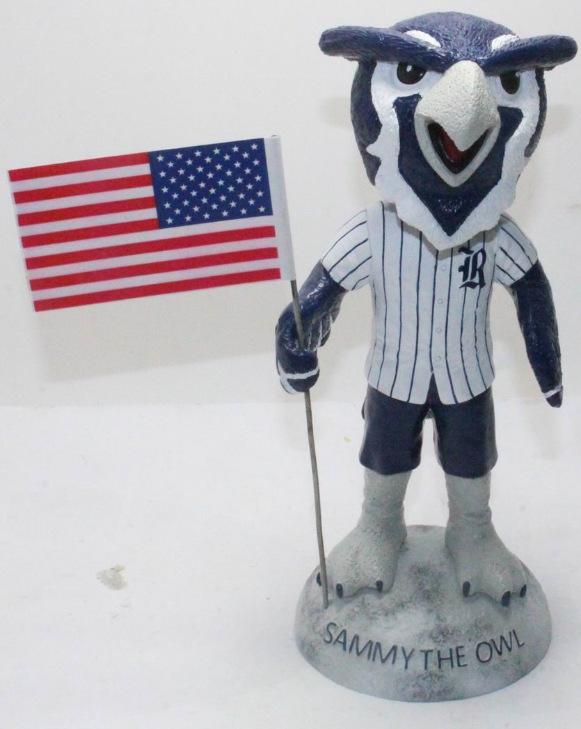 Rice University - Sammy the Owl 113382, 7in Bobblehead (1).JPG