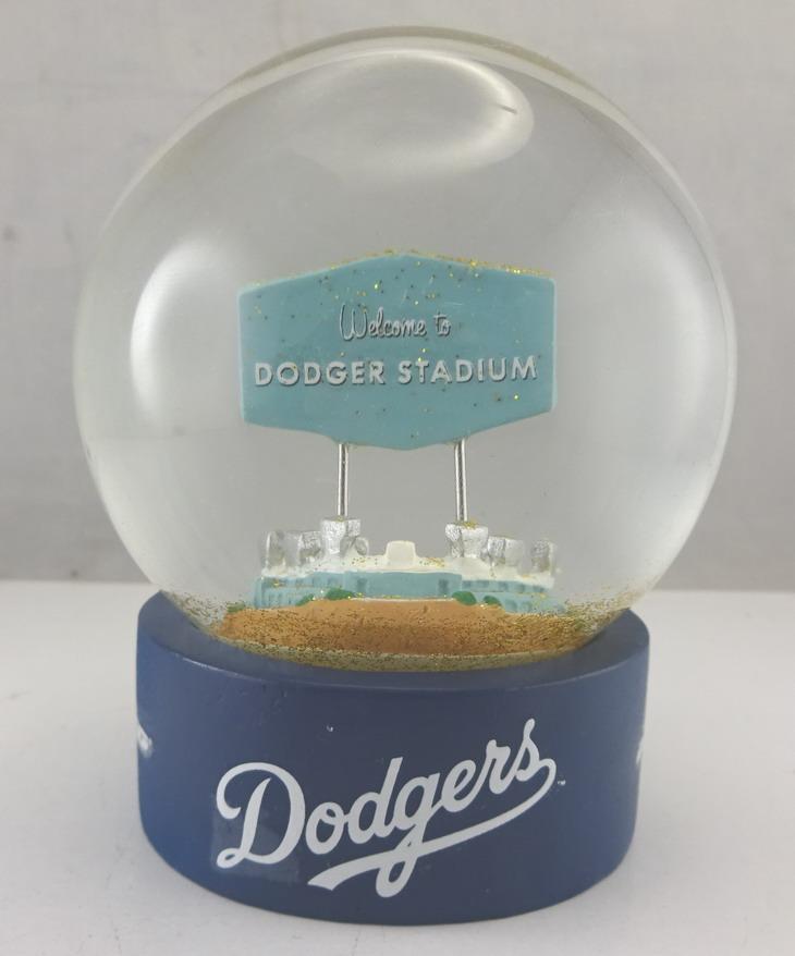 Dodgers sand globe- 113635 (1).jpg