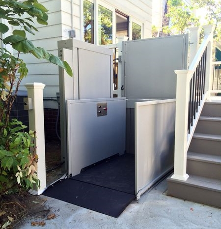 Great Outdoor Residential Wheelchair Lift
