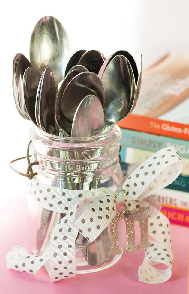 diy-gift-tasting-spoons-2.jpg