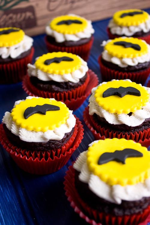 batman-ninja-cupcakes-2-web.jpg