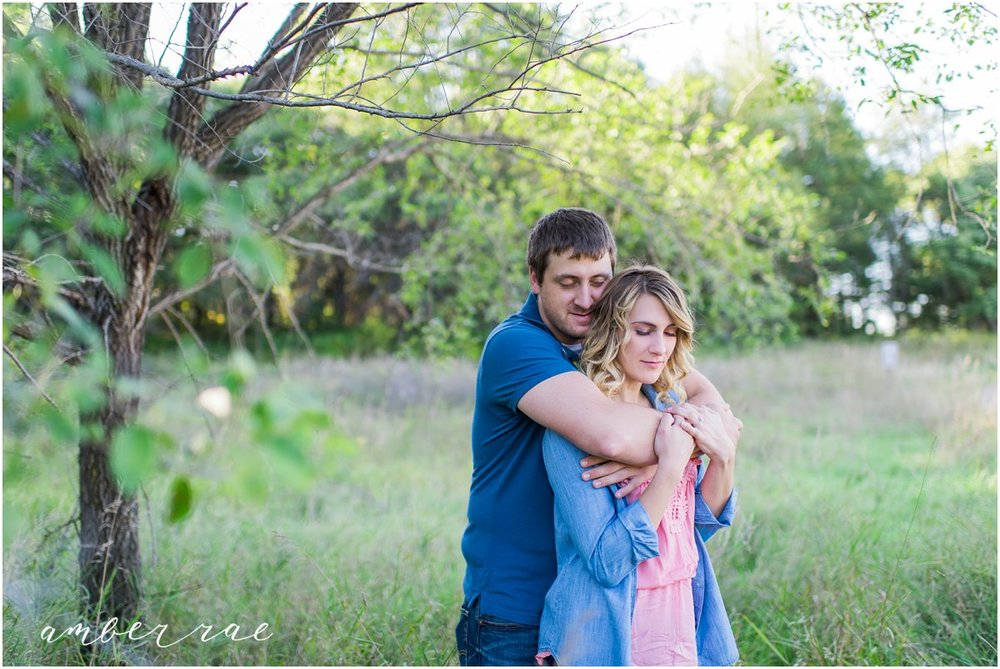 AmberRaePhoto_Engagement_CoonRapids_MN_0007.jpg