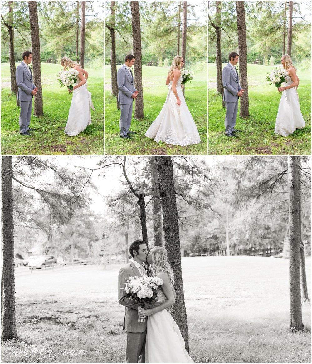 AmberRaePhoto_Wedding_Bug_Bee_Hive_Resort_MN_0015.jpg