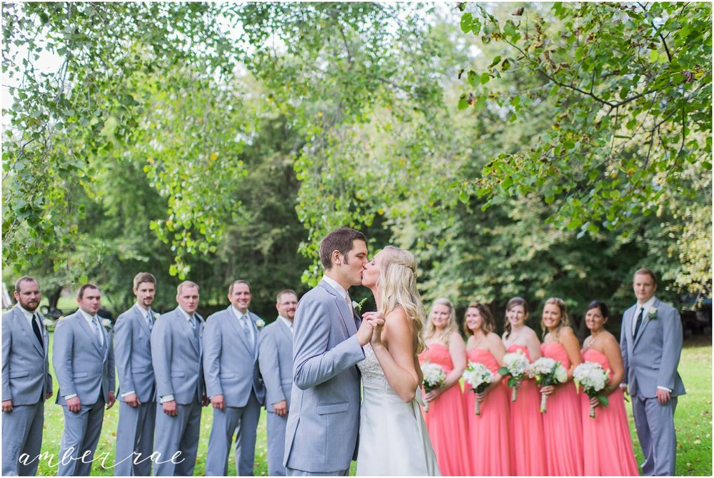 AmberRaePhoto_Wedding_Bug_Bee_Hive_Resort_MN_0019.jpg
