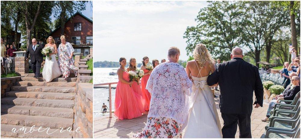 AmberRaePhoto_Wedding_Bug_Bee_Hive_Resort_MN_0027.jpg