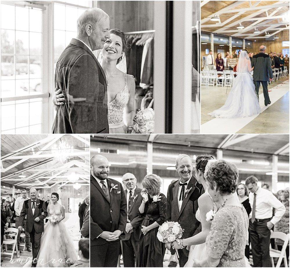 Helget Wedding Dec 2017_0030.jpg