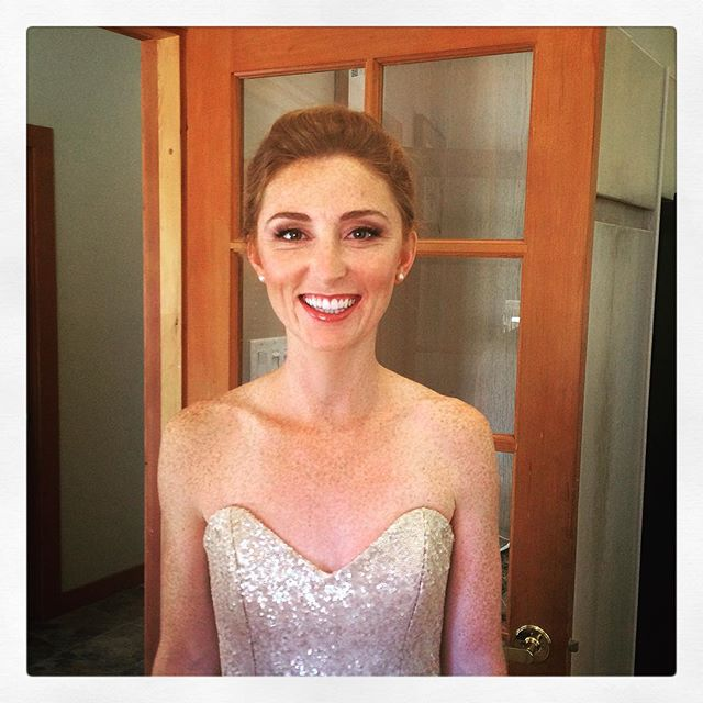 Our beautiful pemberton bride on a very hot August night!  In association with @natachatrottier 💐🎉#makeup #bridalmakeup #wedding makeup #wedding beauty