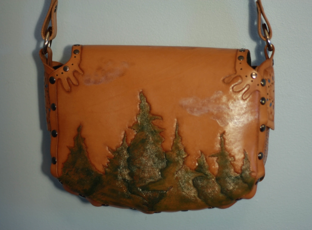 Forest Purse (6 of 8).jpg