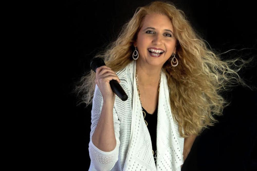 Tonya Hofman,CEO and Founder of the Public Speakers Association & Career Speaker Academy