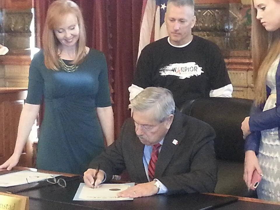 Color The World Orange™ Proclamation Signing With The Governor of Iowa in 2014