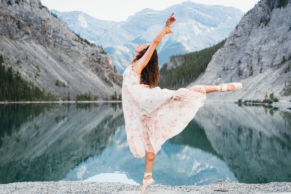 Sofie Vielfaure Dance Canmore.jpg