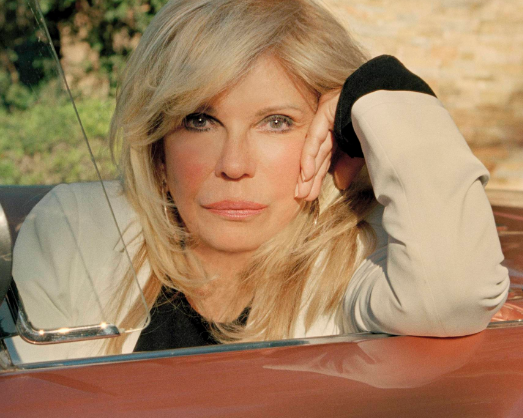 Making the most of Entertainer Nancy Sinatra's living space -