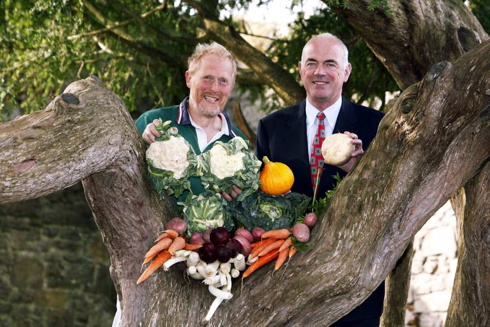Norman Kenny, Organic Producer with Mel O'Rourke, Director of Organic Focus, Bord Bia, for Bord Bia promotion of local markets