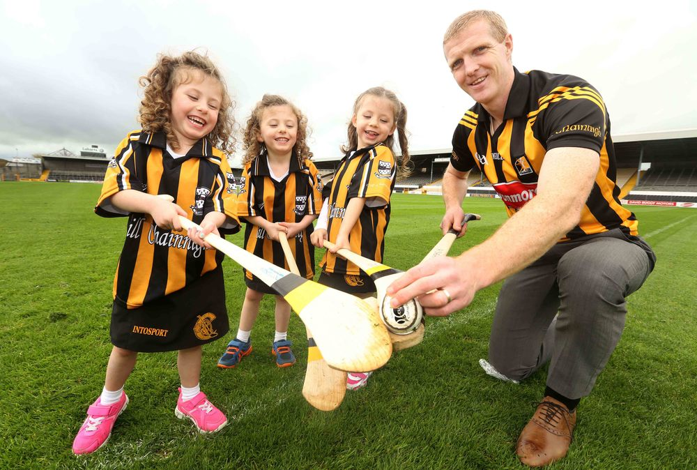 Kilkenny Hurling star Henry Shefflin and Tynan triplets launch the Friends of The Coombe charity calendar