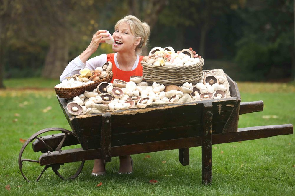 Dietician Paula Mee launches drive to promote nutritional value of Mushrooms for Bord Bia.