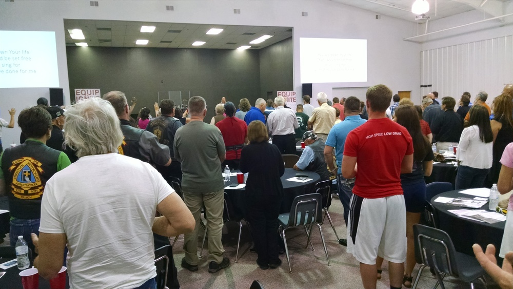 12 GeneSISKC volunteers join in the bill glass  behind the walls  training session at westside family church in leavenworth before a day of prison ministry