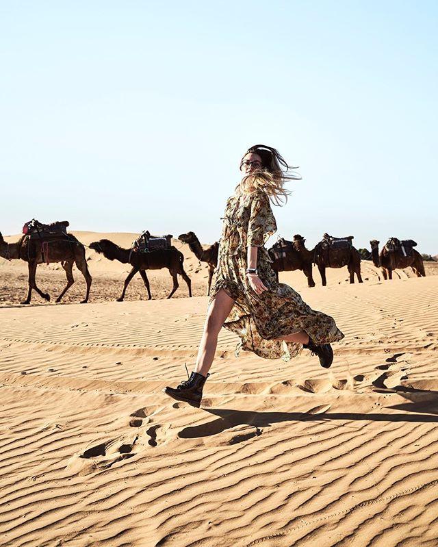 Go where you feel most alive... 🐪  #Desert #sahara #Model #women #dress #instadaily #kamel #wüstenschiff #blonde #mygirl #sand #weekend #hochdiehändewochenende #jump #sunshine #shoes #replay #desertexperience #marroko #africa #myjourney #photographer #legs #desertrose #fashion #instafashion #longdress #michaelhochfellnerphotography #captureonepro #sonyalpha