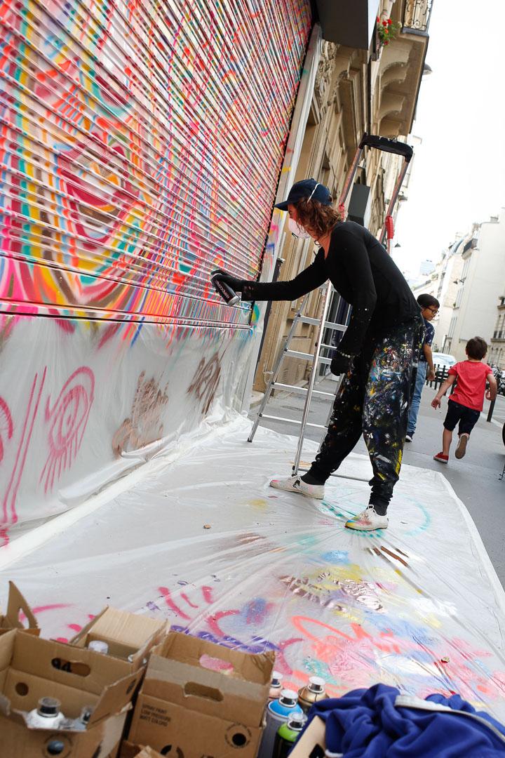 Valerie_Paumelle_agent_Julien_Calot_live_painting_Sophie_Brandstrom_photographe_Les_Passantes_Paris (3).JPG