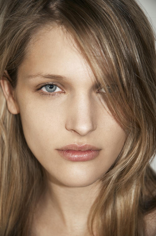 Harten_Nafziger_beauty_photographer_valeri_paumelle_agent (34).jpg