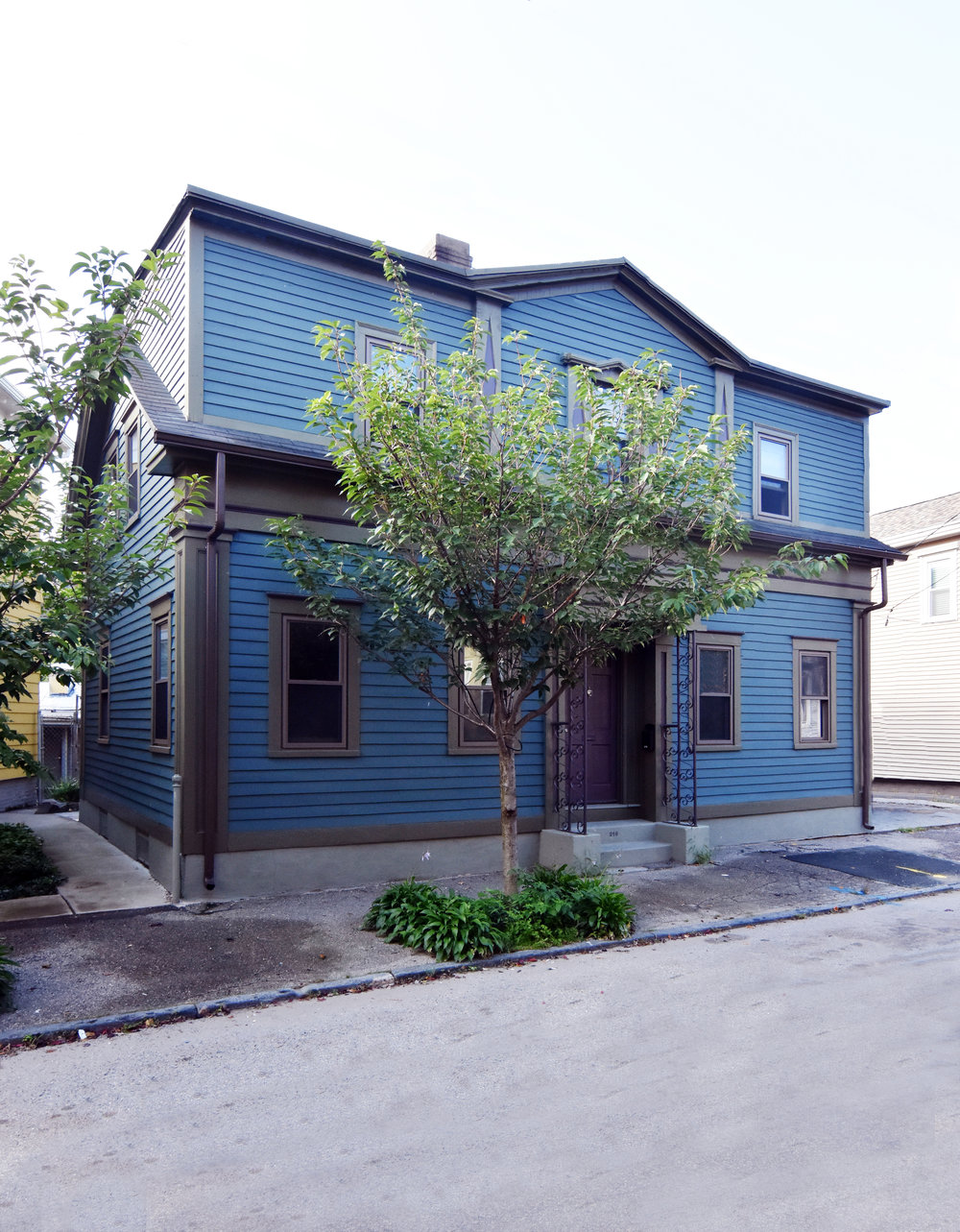 WBNA HOUSE TOUR  FROM VACANT TO VIBRANT 216 Carpenter Street  BUY TICKETS