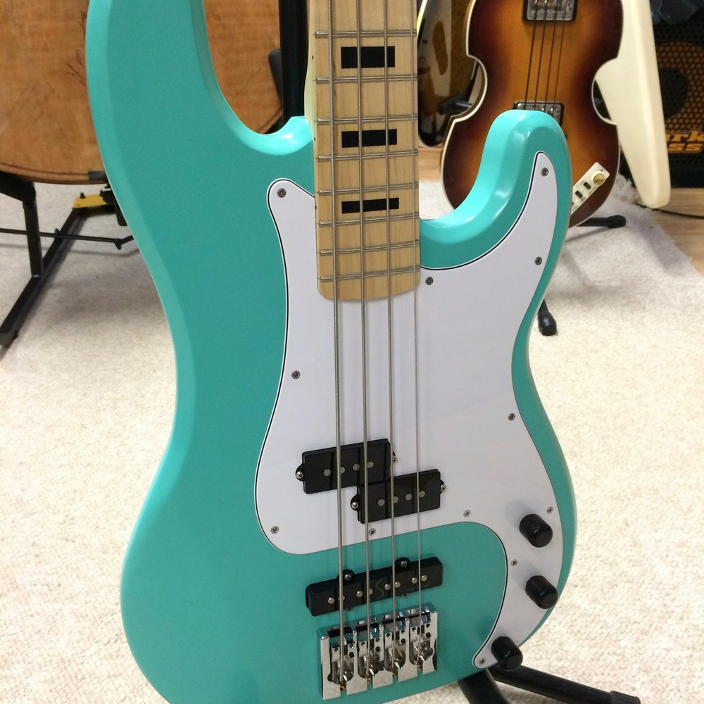 Edwards Custom Bass #03
