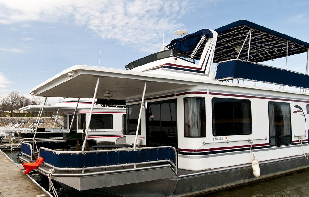 Luxury Houseboats