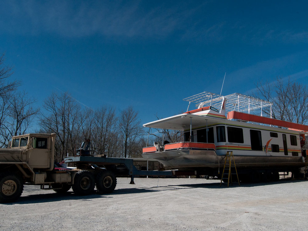 WE can PULL OUT up to a 90' HOUSEBOATS!