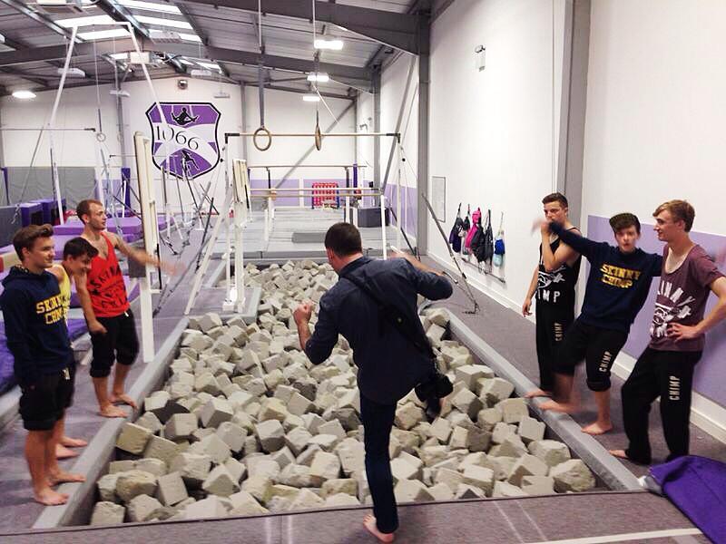 Phil shooting Skinny Chimp at 1066 gym