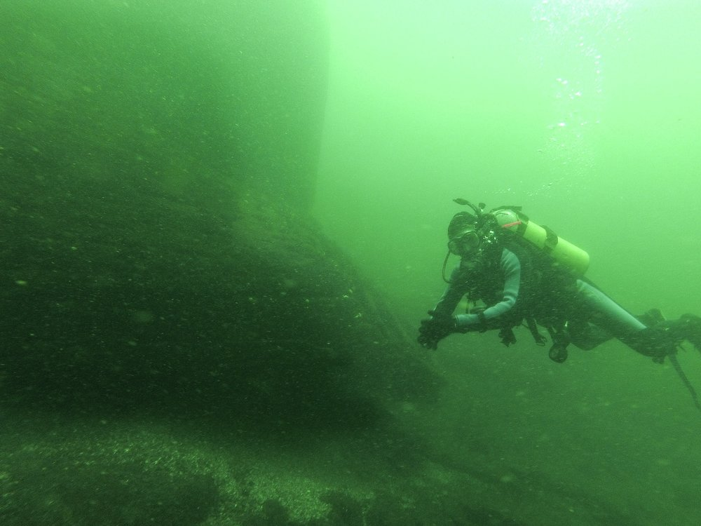 SCUBA diving on the Lillie Parsons, Brockville, Canada,