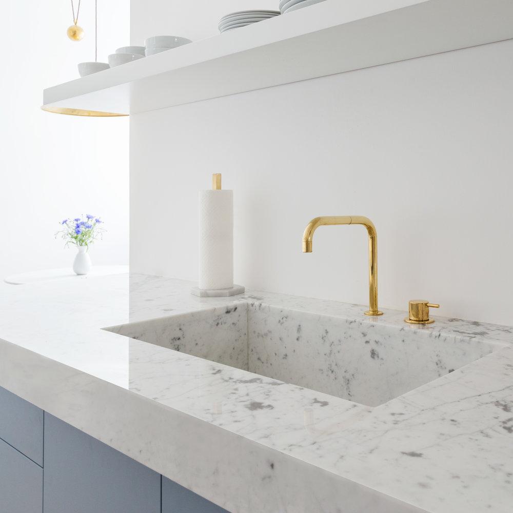 04-White_Arrow-Paul-Lincke-Ufer-Apartment.jpg
